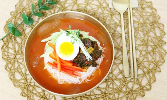韓国キムチ冷麺素麺